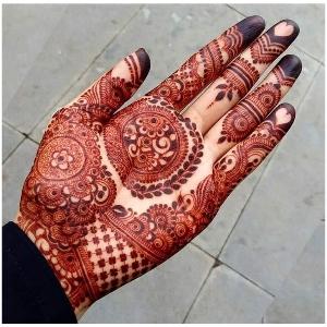 Open Hand Mehndi Kay Design