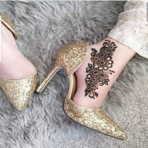 New Mehndi Design Foot