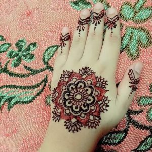 "alt=""Simple-Mehndi-Design"""