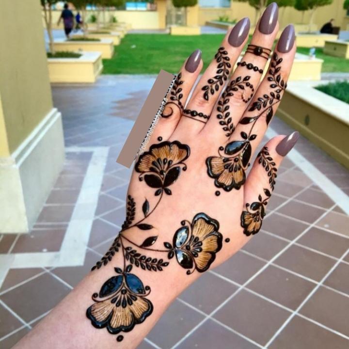 Modern Hand Mehndi Design