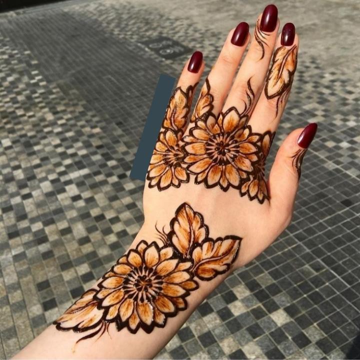 Sunflower Mehndi Design on Hand