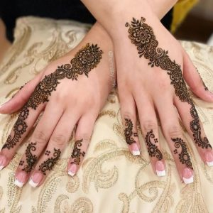 Mehndi design on two hands