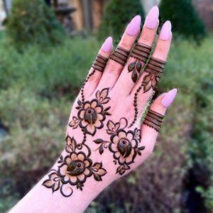 Flower Mehandi Design