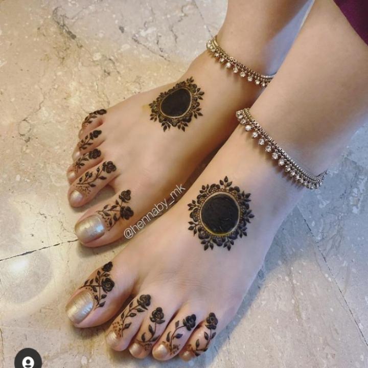 easy foot mehendi design