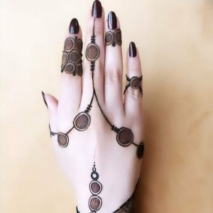 finger mehndi design royal