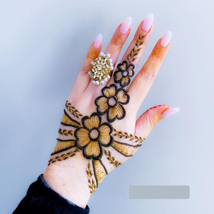 finger royal mehandi design