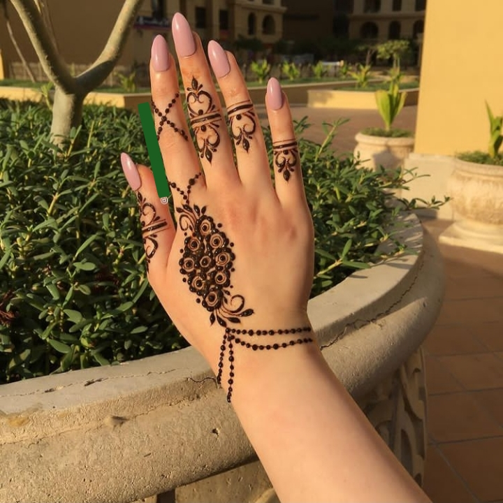 jewlery finger mehndi design