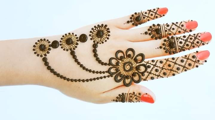 stylish mehndi design for eid