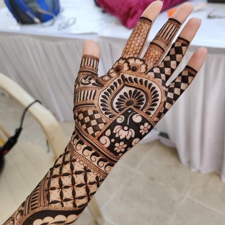 Arabian Mehndi Ke Design