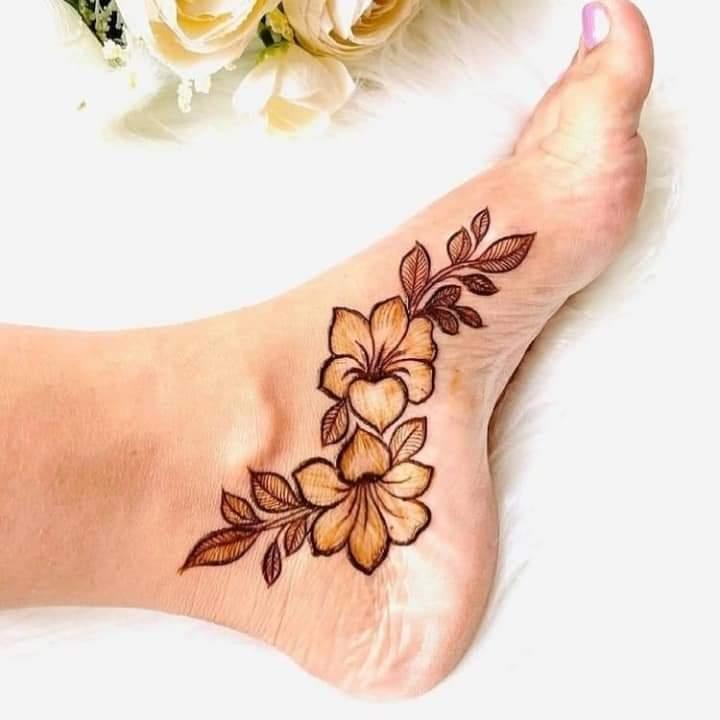 Foot Mehndi Design Simple