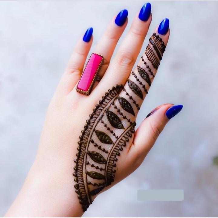 Henna Design Simple