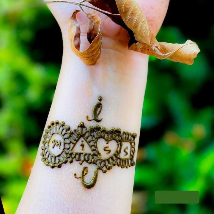 I miss U Henna Design