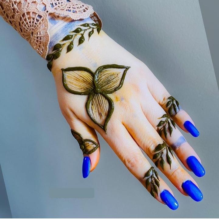 Leaves Henna Design