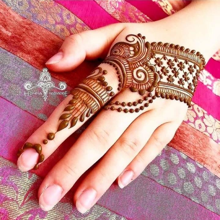 Mehndi Ki Design Simple