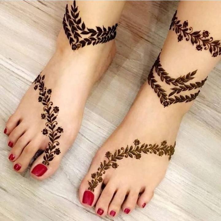 Pair Ki Mehndi Design
