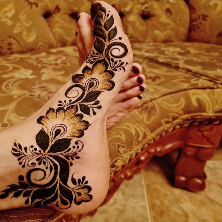 Arabic Foot Mehandi Design