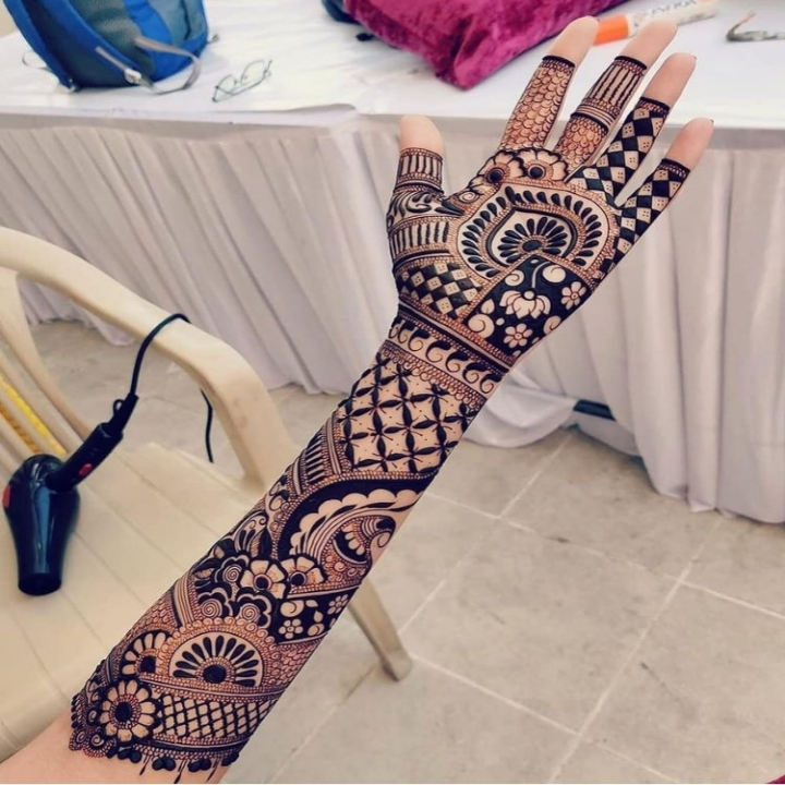 Arabic Henna Design Full Hand