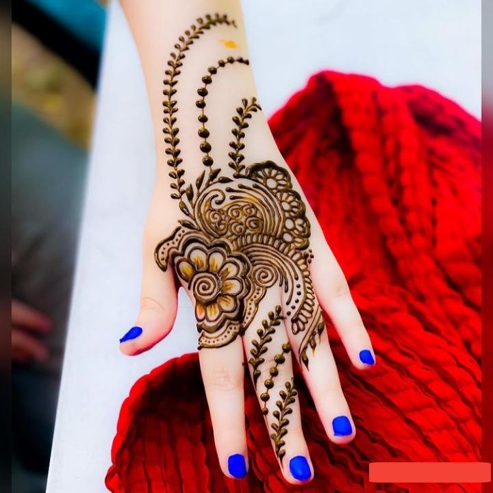Back Hand Mehndi Design 2020