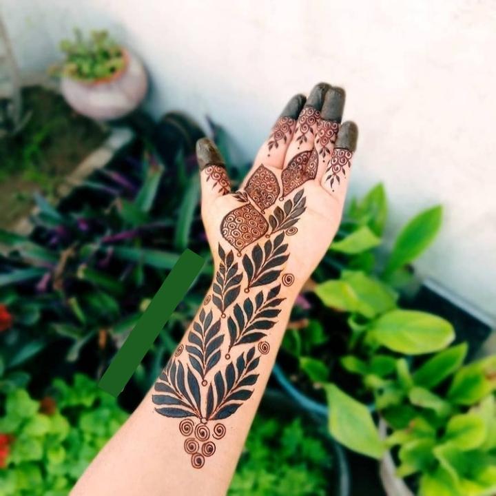 Mehanti Design for Girls