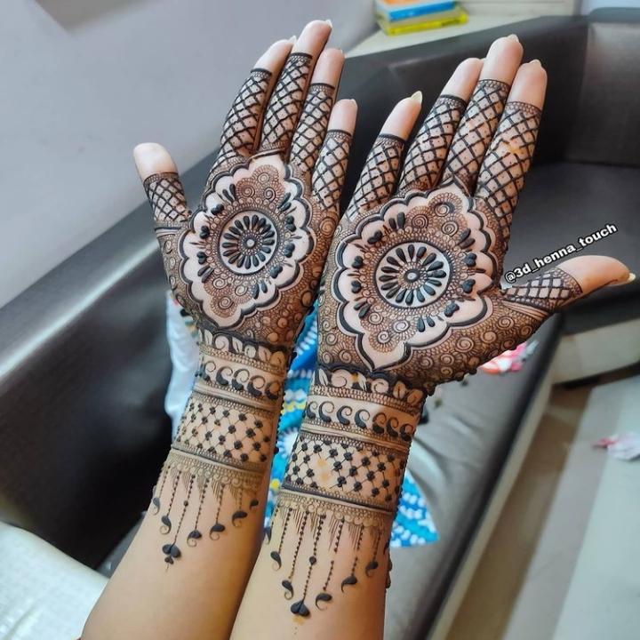 Mehndi Design 2021 Full Hand