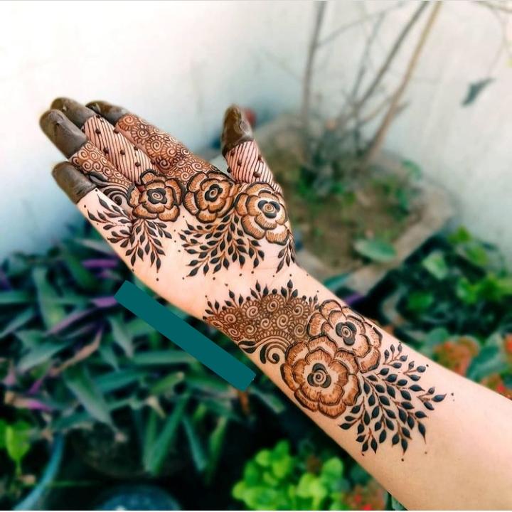 Modern Mehndi Design Full Hand