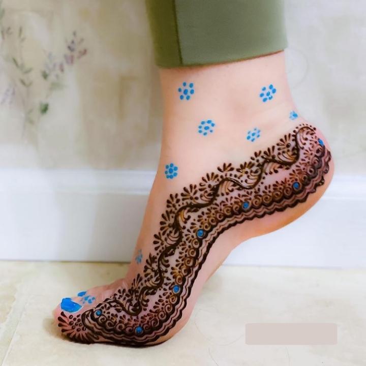 New Henna Design for Feet