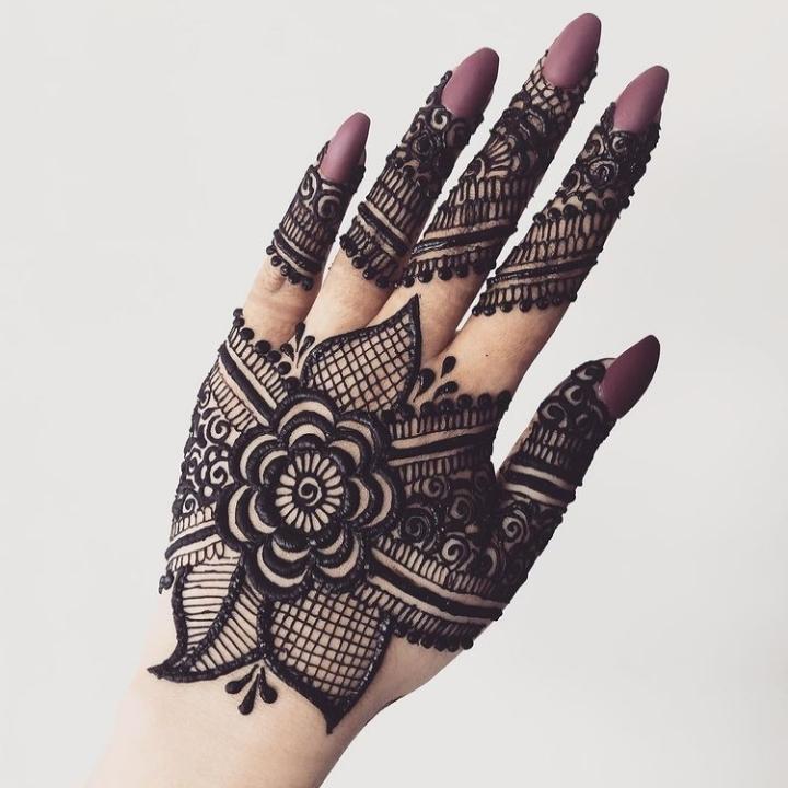 Henna Design Jari