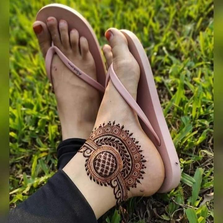 Arabic Henna for Feet