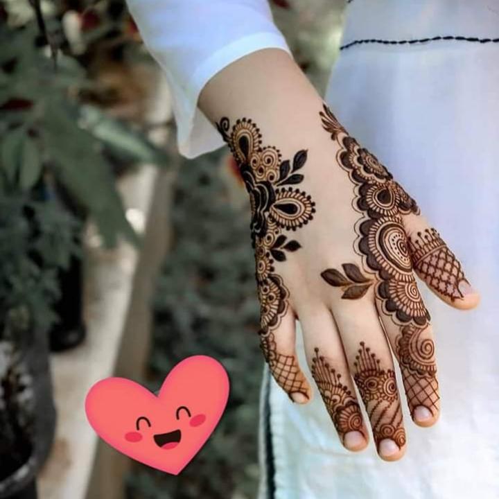 Mehendi Arabic Designs