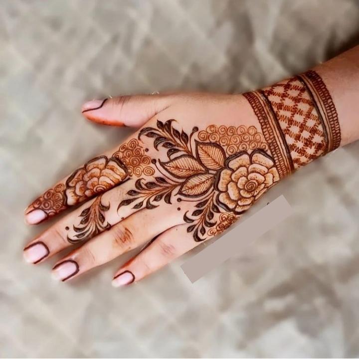 Stylish Henna Arabic